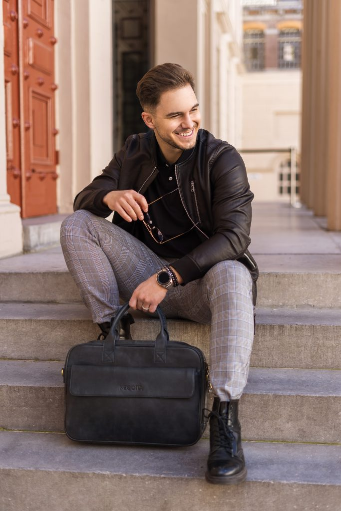 Black Laptop Bag - Commercial Photography - Negotia Leather
