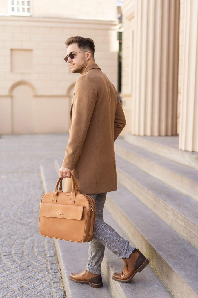 Bruin Laptoptas - Product Fotografie - Negotia Leather
