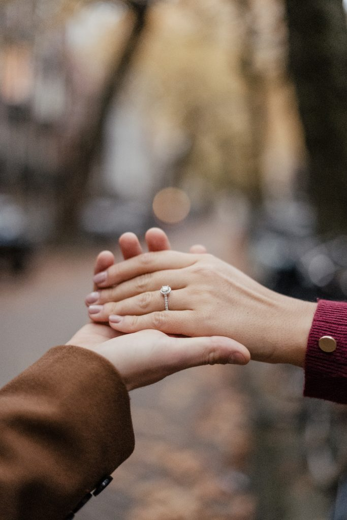 Fall Engagement Photos in Amsterdam